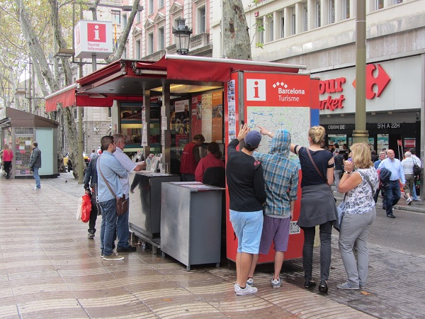 tourist information stands barcelona