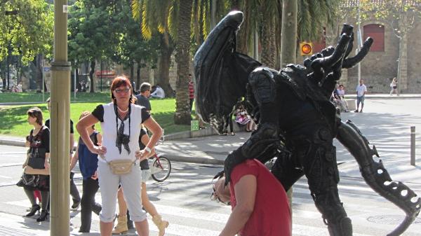Human statues 2