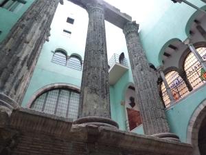 roman columns bcn