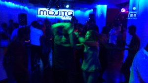 mojito salsa club at night bcn