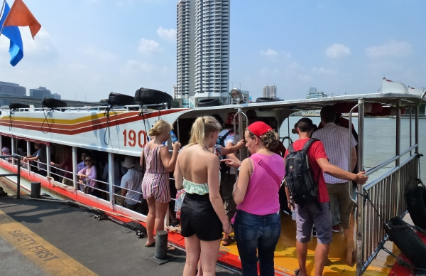 River boat bkk