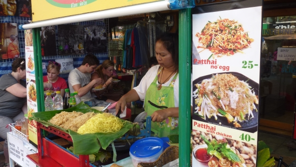pad thai khaosan bangkok