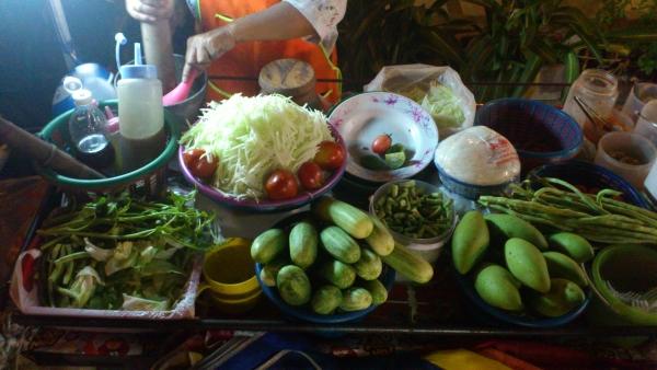 green papaya salad khaosan bangkok