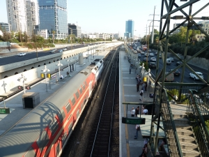 Train tel aviv